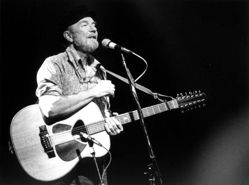 Pete Seeger was one of the modern balladeers